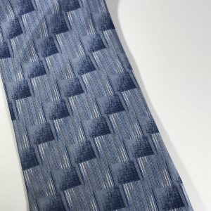 Geoffrey Beene 100% Silk Men's Tie Blue, Light Blue, White