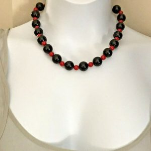 Black And Red Round Beaded Stretch Necklace 16 to 18 Inches Handmade Women Girls